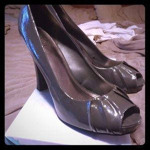 Shoes - Maurices Women's size 8.5 peep toe heels